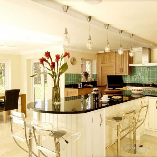 Entertaining kitchen BK - housetohome
