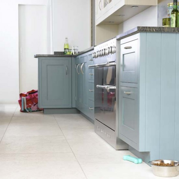 Housetohome 39 s new trends in floor tiles for Latest floor tile trends