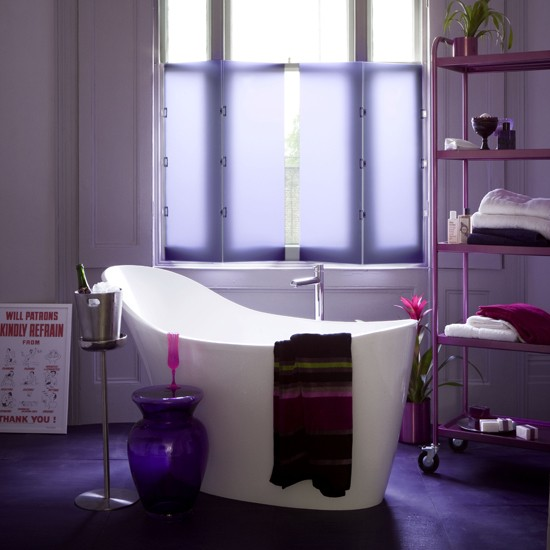 Purple bathroom for Bathroom ideas violet