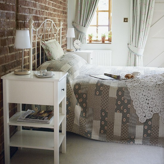 Rustic bedroom | Image | Housetohome.co.uk