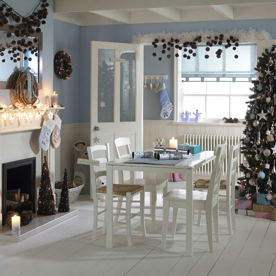 Traditional Christmas decorating ideas for a classic festive home