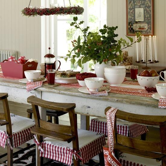 Alpine-style dining room CH&I - housetohome