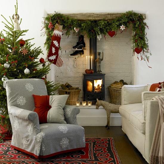 Nordic-style festive living room CH&I - housetohome