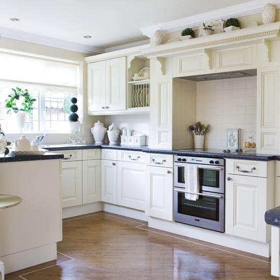 Classic black and white kitchen | Kitchens | Kitchen ideas | Image | Housetohome