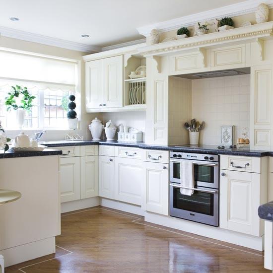 Classic black and white kitchen | Kitchens | Kitchen ideas | Image | Housetohome