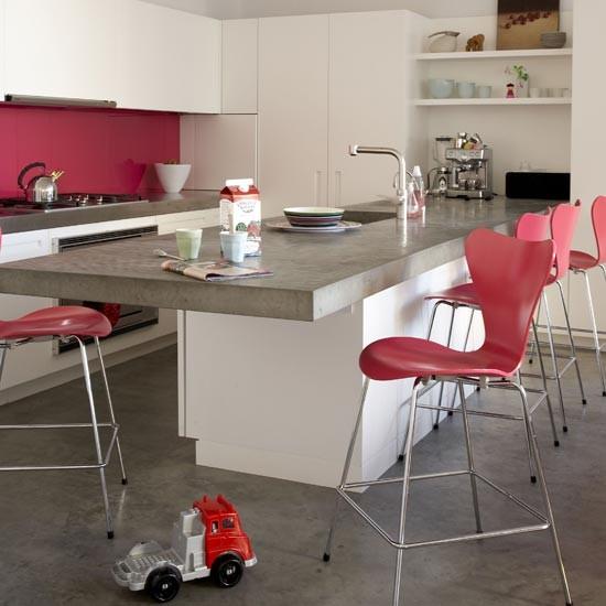 Rosy accents kitchen | Kitchens | Kitchen ideas | Image | Housetohome