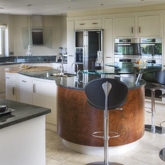 Curvy kitchen | Kitchens | Kitchen ideas | Image | Housetohome