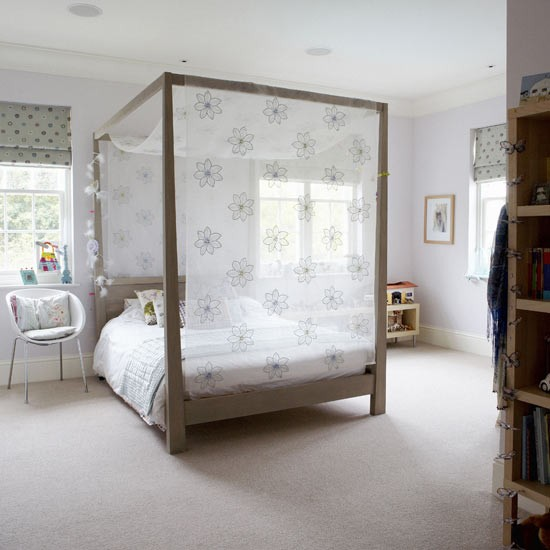 Four poster children 39 s room children 39 s rooms bedroom for 4 poster bedroom ideas