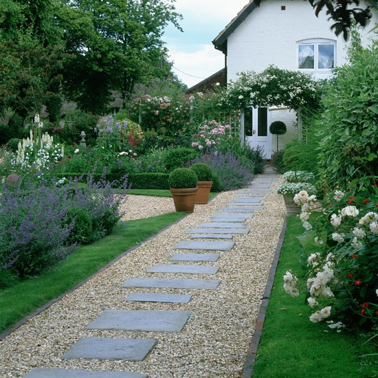 Clear a pathwway december gardening ideas 10 things to for Garden path ideas