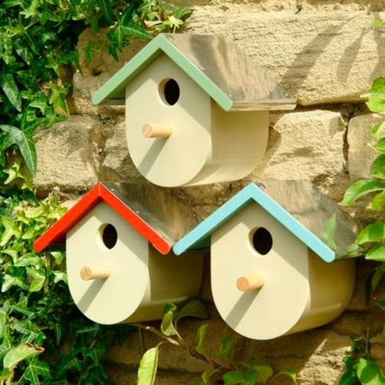 Garden bird houses uk for Types of birdhouses for birds