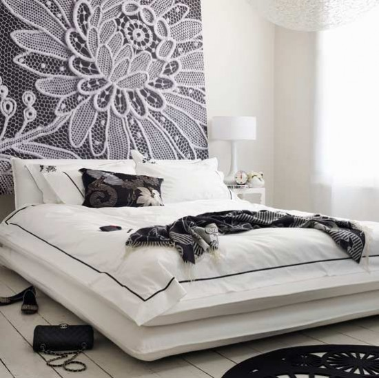 Flower power bedroom | Monochrome bedroom | Image | housetohome