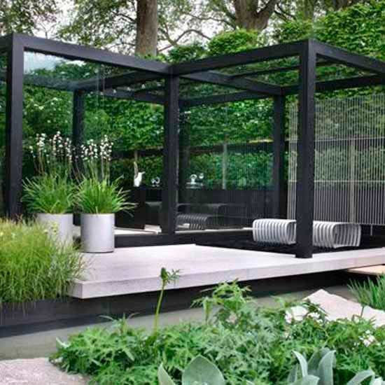 Elegant outdoor dining area | Chelsea Flower Show | Image | Housetohome