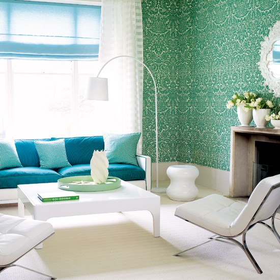 Vibrant damask wallpaper living room living rooms for Damask wallpaper living room ideas