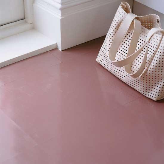 Laminate flooring remove scuff laminate flooring for Rubber laminate flooring