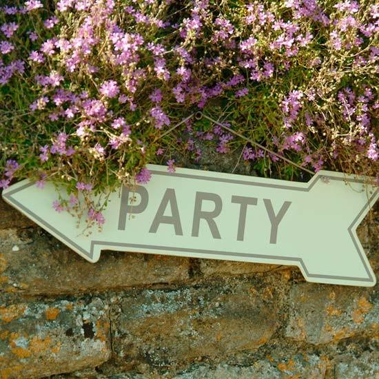 Garden party tips and ideas video housetohome Home and garden party
