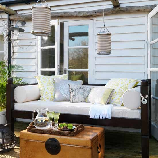 Calm outdoor entertaining area | Gardens | Image | Housetohome