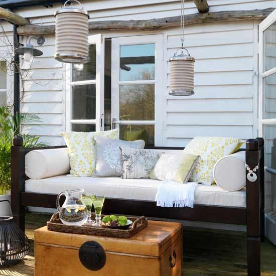 Calm outdoor entertaining area | Gardens | Image | Housetohome