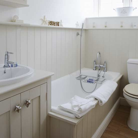 Small coastal style bathroom small bathroom design ideas for Small bathroom ideas uk