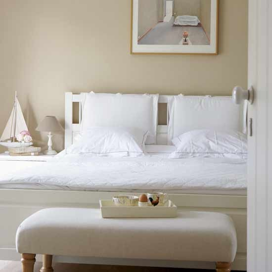 Bedroom decorating ideas new england style for New look bedroom