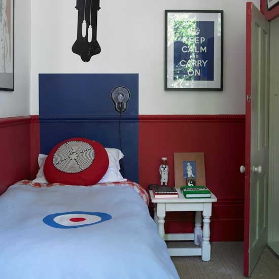Classic Red And Blue Boys' Bedroom