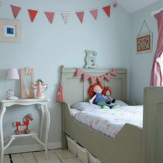 Tranquil bedroom with vintage accessories | Girls' bedroom ideas | Children's bedrooms | PHOTO GALLERY | Housetohome.co.uk