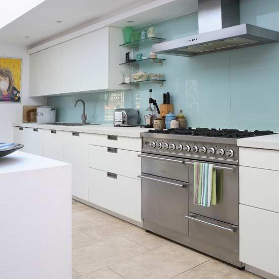 Traditional Kitchen Splashbacks Ideas: Contemporary Glass Splashback Kitchen