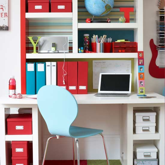 Teen 39 s study area for Ideal home study room