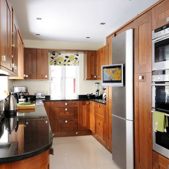Walnut kitchen with shaker-style units | Kitchens | Kitchen ideas | Image | Housetohome