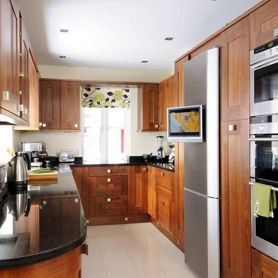 Walnut kitchen with shaker-style units | Kitchens | Kitchen ideas | Image | Housetohome