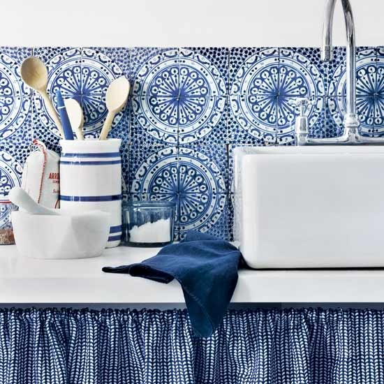 Blue kitchen with bold splashback | Indigo blue colour schemes | colour | PHOTO GALLERY | decorating ideas | Housetohome.co.uk