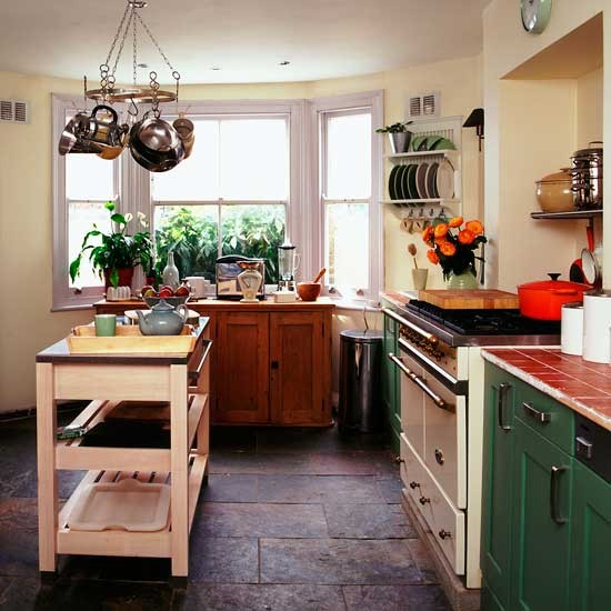 Earthy shaker kitchen shaker kitchens kitchen design for Shaker kitchen designs