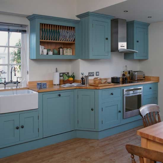 Vibrant Shaker kitchen | Shaker kitchens | Kitchen design ideas