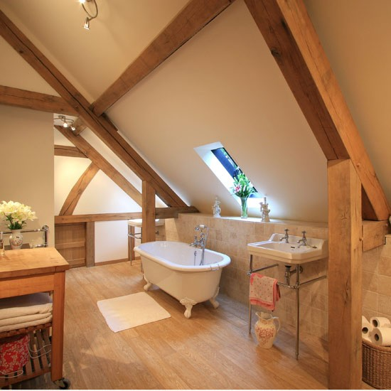 Attic bathroom with beams