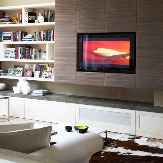 Create a seamless look in your living room with a recess