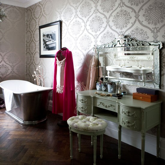 Bathroom with dressing table | Bathroom ideas | Bathroom designs | Bathroom design | PHOTO GALLERY | housetohome.co.uk
