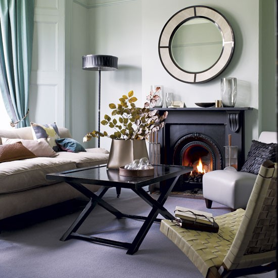 Leather living room- image- housetohome.co.uk