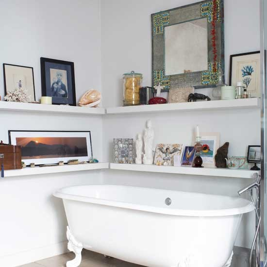 Bring vintage charm to your bathroom bathroom design for Bathroom knick knacks