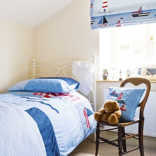 Seaside theme kids' bedroom