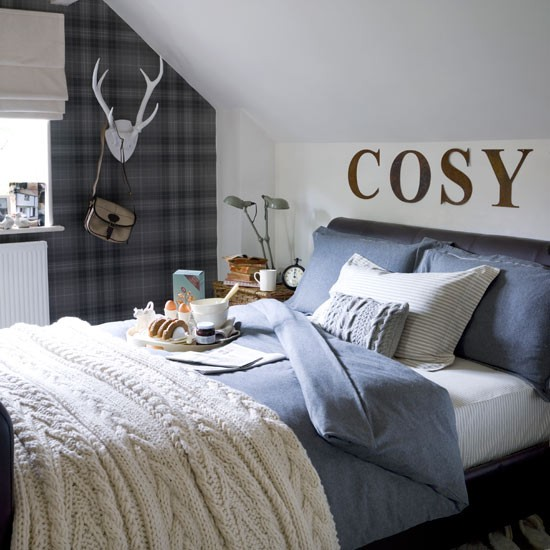 Neutral country bedroom painted with lettering 20 ways for Neutral bedroom wallpaper