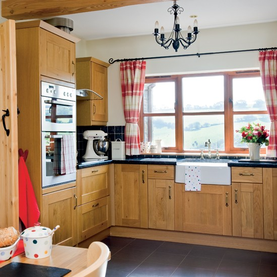 Don 39 t forget the kitchen sink 20 steps to the perfect for Perfect country kitchen