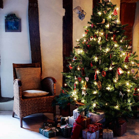 Tree Christmas Country Cottage Christmas Decorating Ideas