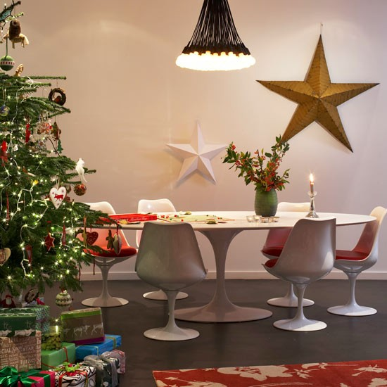 Dining room | Modern Christmas decorations | Christmas decorating ideas | PHOTO GALLERY | Housetohome.co.uk