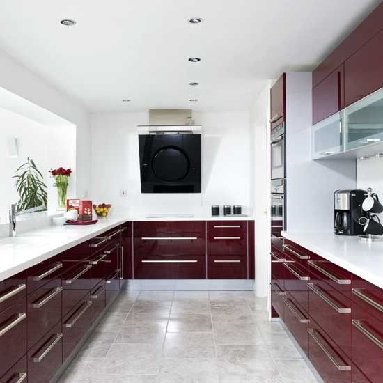 Red kitchen - image - housetohome.co.uk