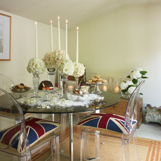 Quirky dining room step inside a south london town house for Quirky dining room ideas