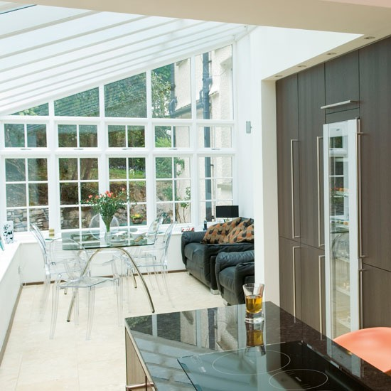 Conservatory kitchen diner kitchen extensions for Extension to kitchen ideas