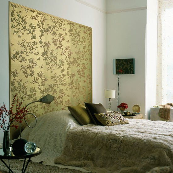 Make an eye catching headboard bedroom wallpaper ideas for Wallpaper ideas