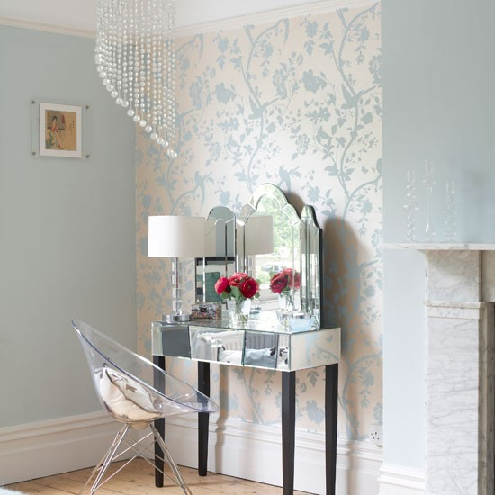 Wallpaper room ideas the flat decoration for Wallpaper decorating ideas