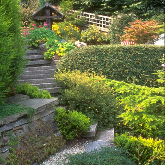Give your garden a makeover easy garden transformations for Easy garden design ideas