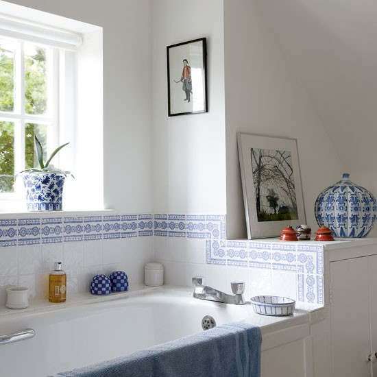 Blue bathroom bathrooms design ideas image for White and blue bathroom ideas