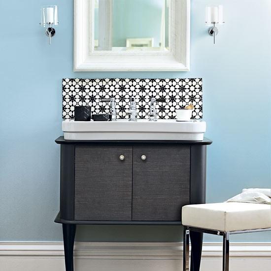 Create a focal point : Bathroom decorating ideas : housetohome.co.uk